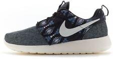 Scarpe da uomo Nike grigio dal Perù