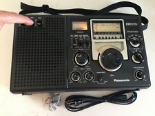 Panasonic 8BAND FM/AM/SW1-6  Receiver Model No RF-2200, Good Condition.