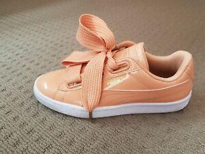 Puma Shoes Wide Bow Lace Shoes Size US 7 UK 4.5 EIR 37.5