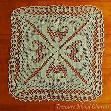 """LIGHT GREEN CROCHET TABLE CENTER LACE DOILY with 4-LEAF CLOVER 13"""" 100% Cotton"""