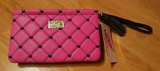 BETSEY JOHNSON PUFFED Quilted Hearts FUSHIA WRISTLET NWT! MRSP$44