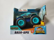 Hot Wheels Bash-Ups Monster Trucks Nessie-Stay Roughness Push Giant Wheels Gdr84