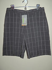 NWT IZOD XFG COOL-FX UPF-50 BLACK W/GRAY WINDOWPANE GOLF SHORTS 30 RTL $70
