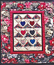 "SEWING PATTERN Mini Quilt Pattern Log Cabins & Applique Hearts 15"" x 18"" UNUSED"
