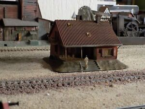 FALLER, HAND PAINTED BUILDING, SCALE HO
