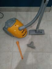 Kenmore canister vacuum cleaner - Nice