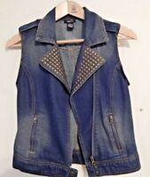 Rue 21 Blue Denim Vest Junior/Misses Size Small  Zipper, Bronze Studs Very Nice!