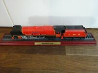 Atlas Model Train on Plinth  DUCHESS LMS