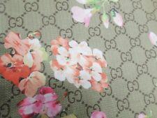 1 YD pre-owned  good WEIGHT 4 way fabric NYLON LYCRA SPANDEX PRINT usa j566h