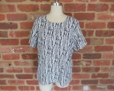 LIZ JORDAN S 10 NONI B SMART DRESS TOP WORK CORPORATE OFFICE WEAR BLACK WHITE