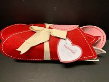 Pottery Barn Kids VALENTINE Day Felt Heart Table Runner Party Red White Pink NEW