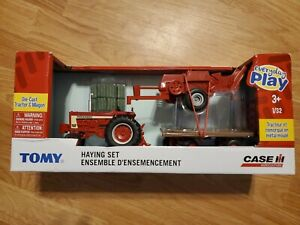 1 Tomy Everyday Play ages 3+ Die Cast Tractor and Wagon Haying Case Agriculture