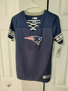 New NFL Women's NEW ENGLAND PATRIOTS Lace-Up V-Neck Jersey Shirt