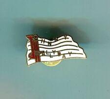Badges et pins de collection liés à la musique Johnny Hallyday