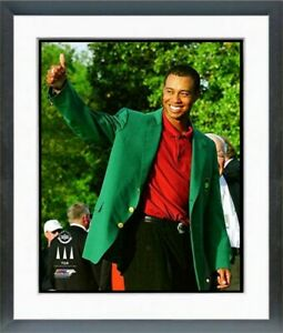 """Tiger Woods 2002 Masters Champion Green Jacket Photo (12.5"""" x 15.5"""") Framed"""
