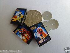 """3 bambole Casa In Miniatura DVD """"ritorno al futuro trilogia"""" realizzata a mano 1:12 TH scala"""