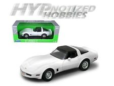 WELLY 1:18 1982 CHEVROLET CORVETTE HT DIE-CAST WHITE 12546W-WH