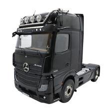 Mercedes Benz ACTROS GIGASPACE 4X2  schwarz mit Beleuchtung NZG 1024/50 1:18