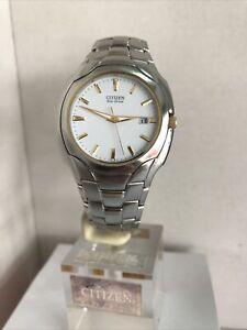 Citizen Men's Eco Drive  Analogue Stainless Steel Bracelet Watch E111-S022240