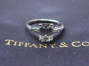 Tiffany & Co Platinum Emerald & Baguette Diamond Engagement Ring 1.80Ct F-VS1