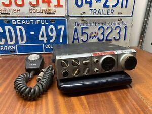 Craig CB radio 4103 with original mic -- estate item! Untested!