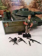 Comic 3-Pack Exclusive: 2005 Oktober Guard Soldier: DAINA(v1): 100% CMP