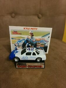 1989 Racing Champions #42 Kyle Petty Peak White And Blue Rubber Tires 1/64 rare