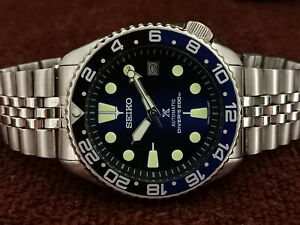 LOVELY SAVE THE OCEAN MODDED SEIKO DIVER 7002-7000 AUTOMATIC MEN'S WATCH 533729