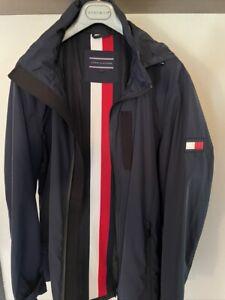 Tommy Hilfiger Windbreaker XL Jacke mit abnehmbarer Kaputze Regenjacke blau