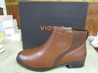 Vionic Women's Country Thatcher Chocolate Ankle Boots