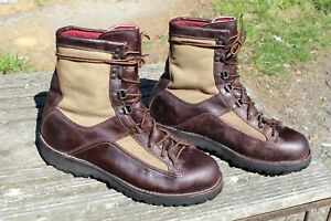 VTG DANNER 60530 GORE-TEX HUNTING BOOTS SIZE 11 D