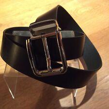Cinturón Para Hombre Cuero Negro, tamaño 50 pulgada agujero pero 1st a 40 pulgadas, a estrenar,