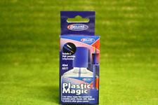 Pegamento de plástico de lujo mágico para los modelos de plástico 40 Ml 46099