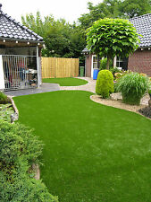 30mm Deluxe Artificial Grass -  2.7 x 6.3m - Off Cut - End Of Roll