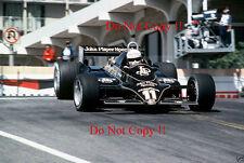 Elio de Angelis JPS Lotus 91 EE. UU. Grand Prix 1982 fotografía 2