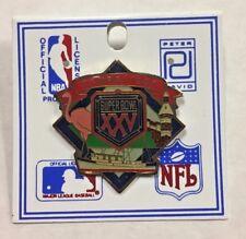 1991 Tampa Super Bowl XXV Cowboys vs Bills NFL Peter David Lapel Hat Pin on card