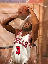 McFarlane NBA Series 30 Dwayne Wade Chicago Bulls White Chase Jersey CL Gold NIB