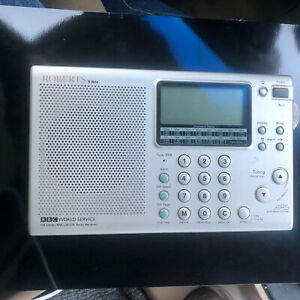 Roberts R9914 Worldband Radio FM/AM Silver AS - IS Condition