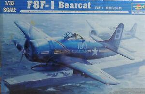 WWII U.S. NAVY F8F-1 BEARCAT TRUMPETER 1:32 SCALE PLASTIC MODEL AIRPLANE KIT