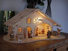 Krippe Weihnachtskrippe Holz geflammt LED Licht 2 Varianten Krippenstall Figuren