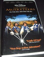 The Three Musketeers (VHS, 1994) Disney - Kiefer Sutherland Charlie Sheen