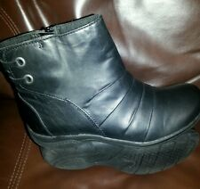 Clark's women's Multi black leather boots 6 winter casual shoes $120