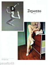 PUBLICITE ADVERTISING  046  2010  chaussures Repetto  & Marie -Agnés Gillot