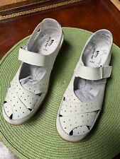 New Streetwise White Summer Shoes Size 9