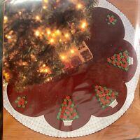 """Bucilla 2003 Felt Tree Skirt Kit #84936 Rose Tree 43"""" Christmas Trees And Roses"""
