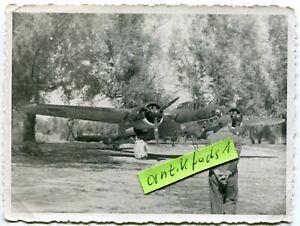Foto :  Heinkel He 111 Kampf-Flugzeug der Legion Condor in Spanien