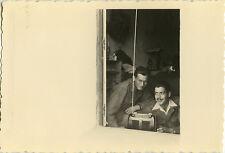 PHOTO ANCIENNE - VINTAGE SNAPSHOT - MILITAIRE RADIO TRANSISTOR HAJEB EL AYOUN 1