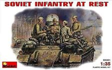 MODEL KIT MIN35001 - Miniart 1:35 - Soviet infantry at rest