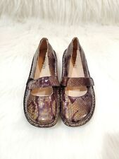 ALEGRIA womens size 38 (7.5-8 US) gray patent leather snake print Felix shoe