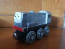 Thomas Tank Engine & Friends Wooden Train - Dennis - LEARNING CURVE